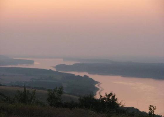 река Дунав край Оряхово